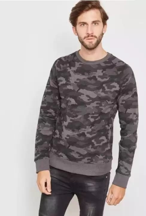 Unisex round neck Green Camouflage t-shirt full sleeves with Rib at hem and Sleeves