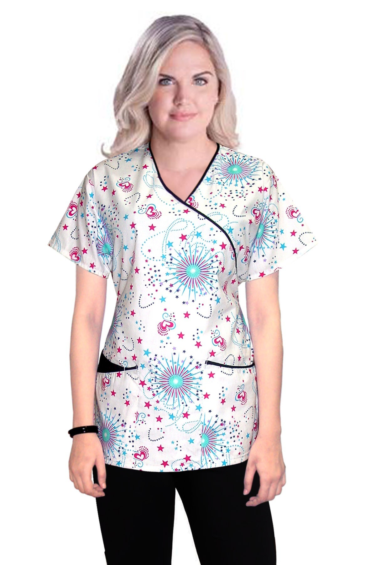 Top mock wrap 3 pocket half sleeve in star and heart print with black piping