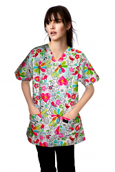 Top v neck 2 pocket half sleeve in big heart flower print