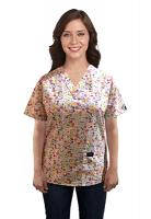 Top v neck 2 pocket half sleeve in Multi Flower Print