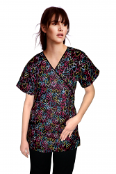 Top mock wrap 3 pocket half sleeve in heart print with black piping